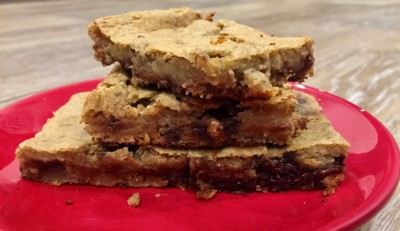 Chickpea-nut Butter Banana Blondies