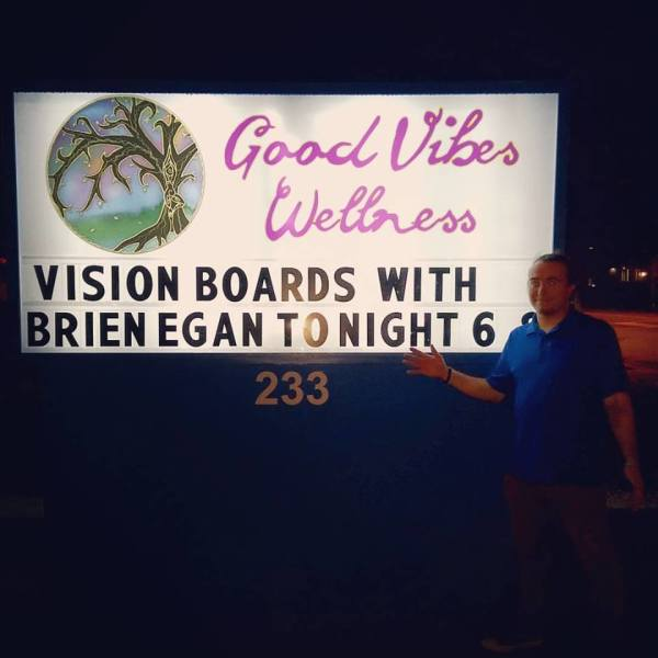 Vision Boards with Brien!