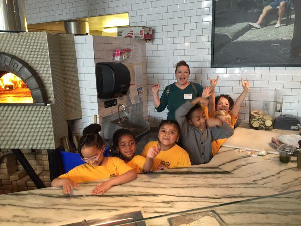 K students at Pizzeria Vetri