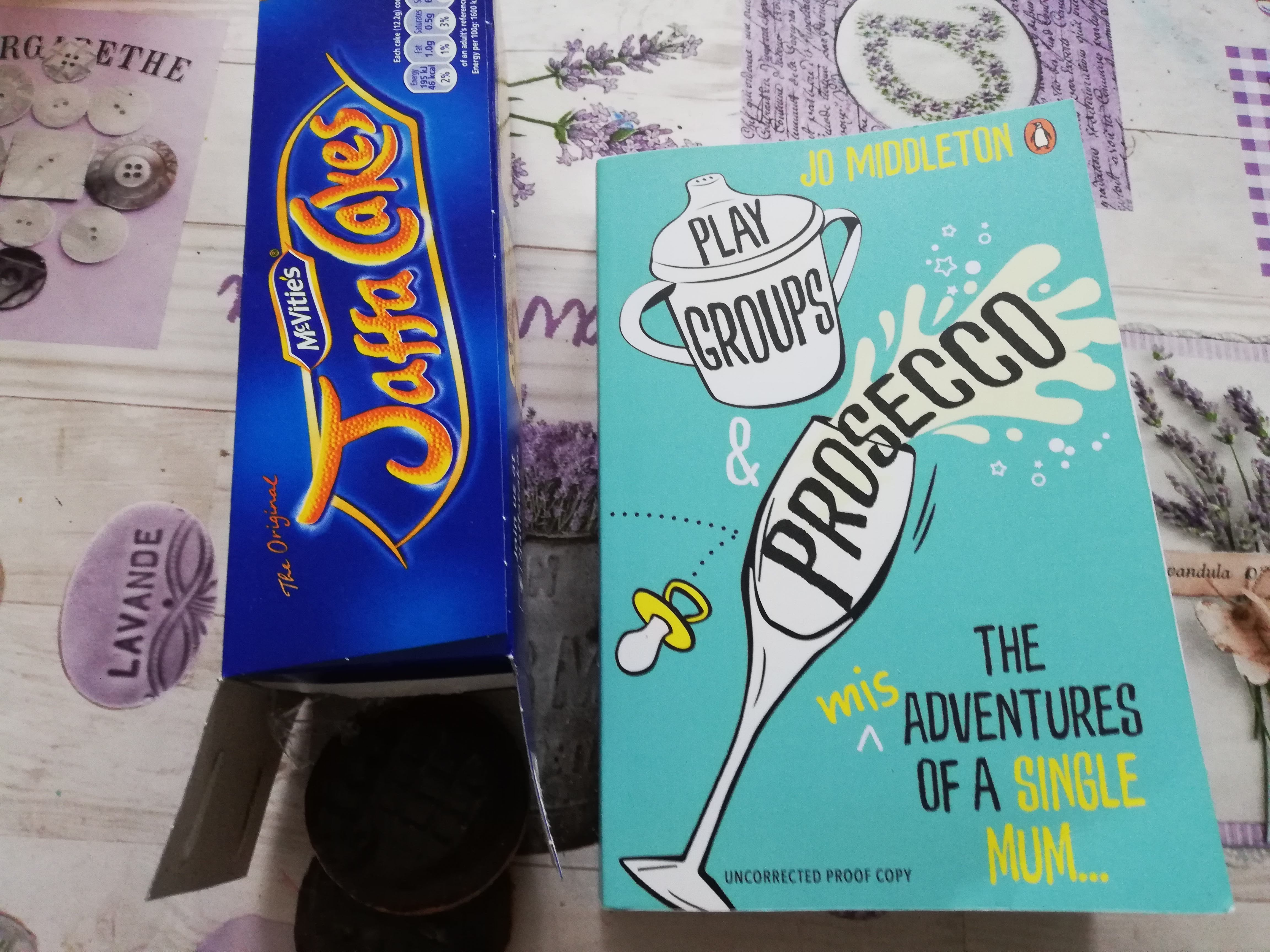 Book Review of Jo Middleton's Fabulous New Book Playgroups & Prosecco