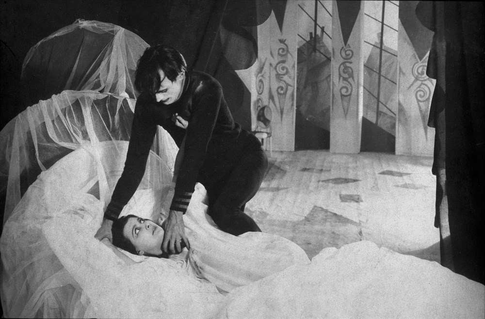 Cabinet-of-Dr-Caligari-3