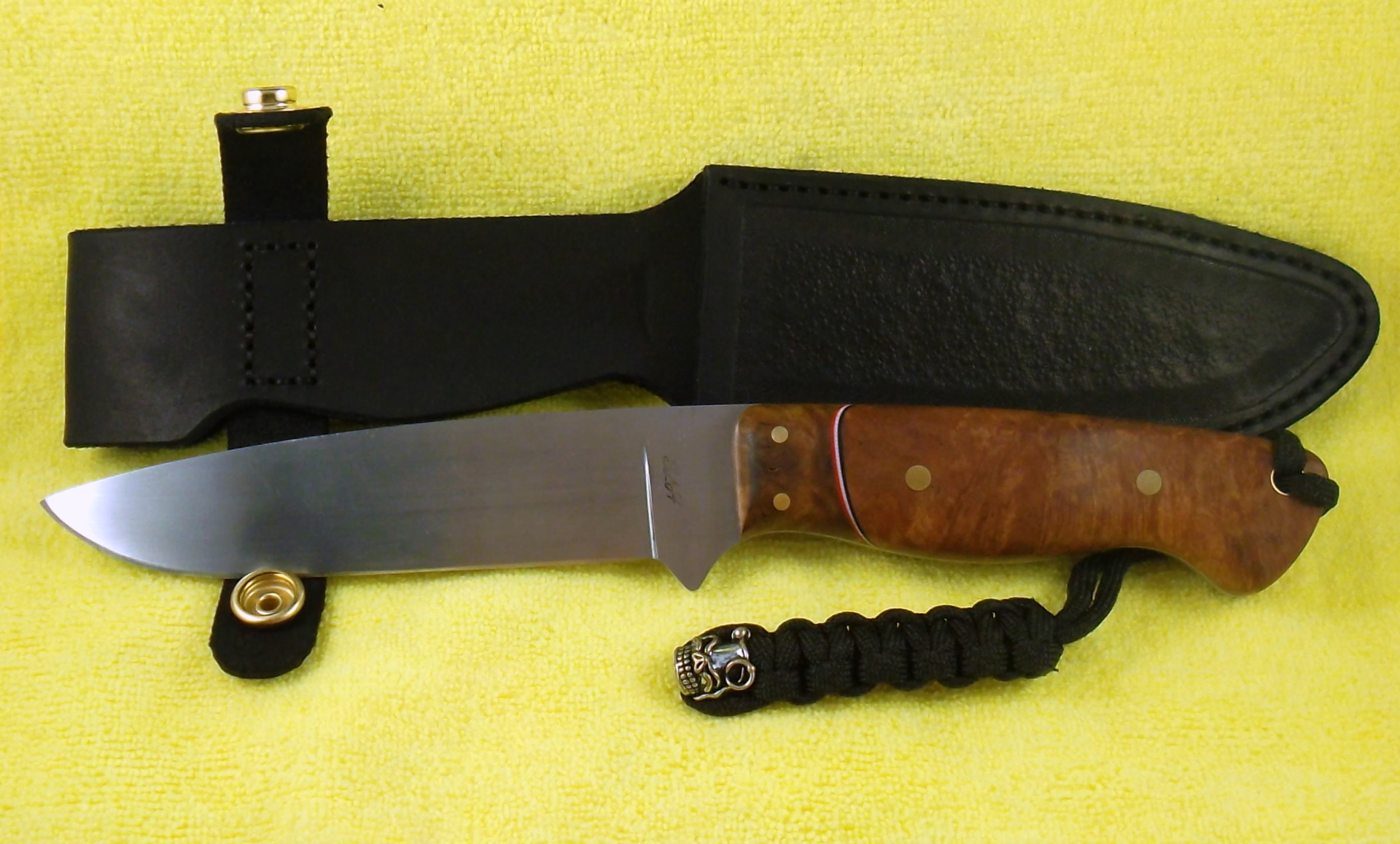 Custom Knives Australia, 52100 drop point hunter with coolabah and greybox. SLH Blades, Stacy Hall