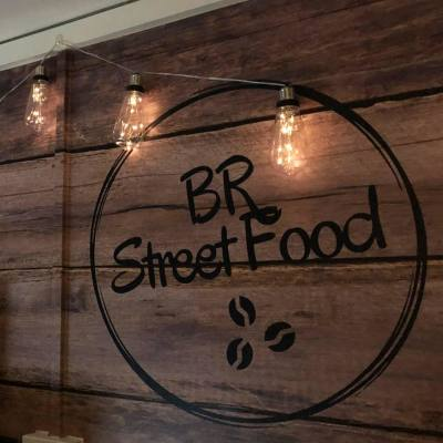BR Street Foods - American style funnel cakes with coffee