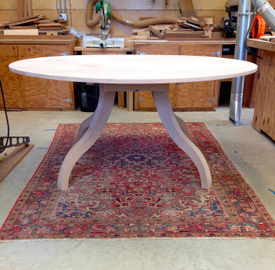 Table Alder Round