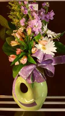 gurgle pot, flowers, lumsden, regina, florist, vase, bouquet, purple, white