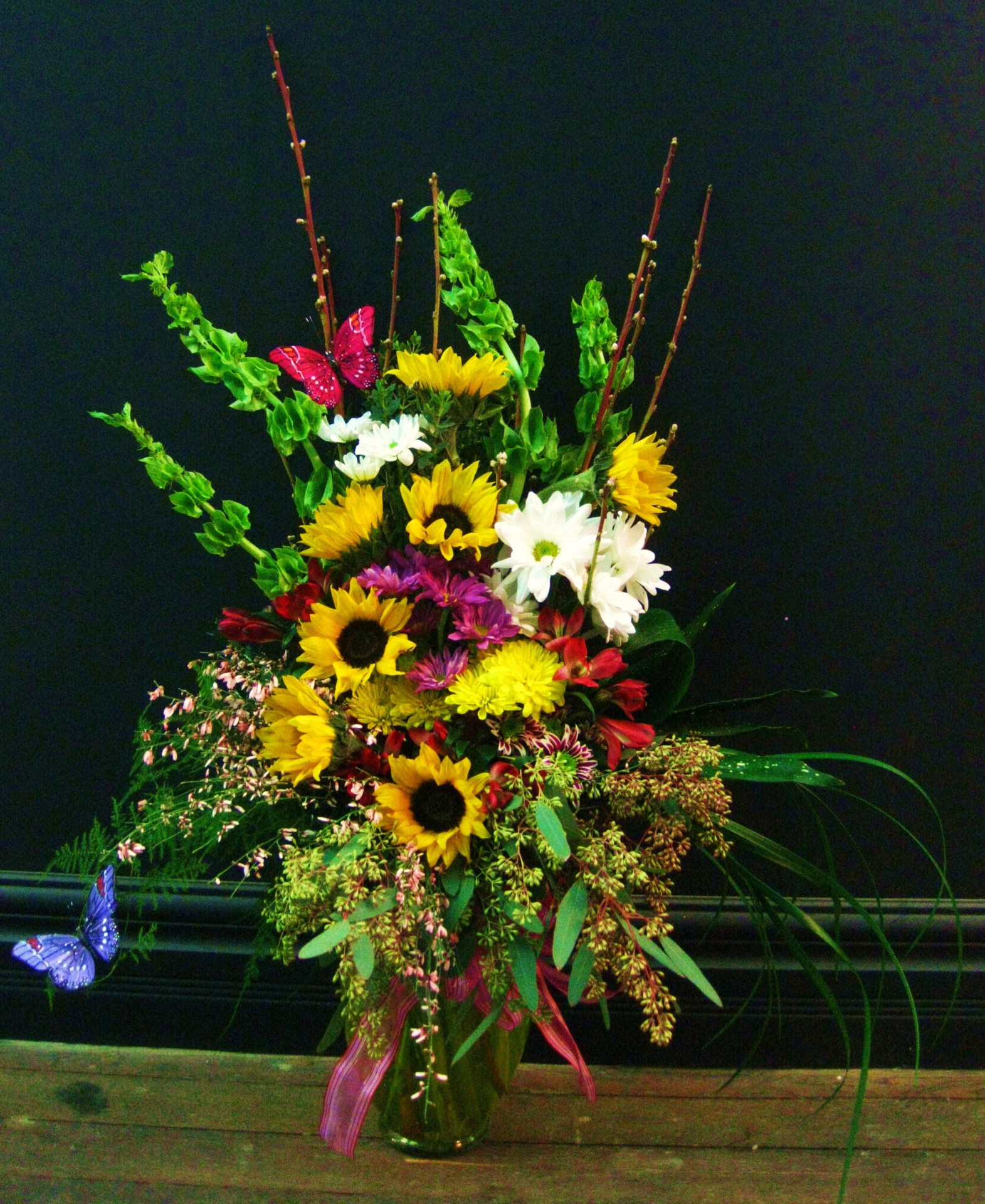 halloween, fall, autumn, happy, cheerful flowers, bouquet, entertainers, thanksgiving, sunflowers, vase, lumsden, regina, craven, regina beach, buena vista