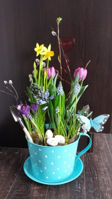 tulips, daffodils, happy, cheerful flowers, bouquet, entertainers, plant, vase, lumsden, regina, craven, regina beach, buena vista