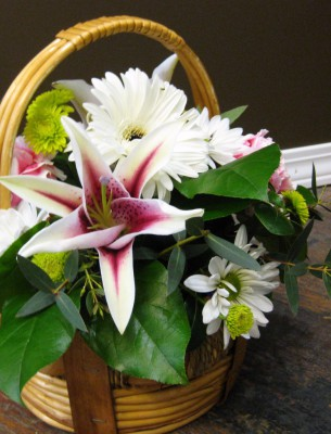 stargazer, lily, spring, easter, basket, happy, cheerful flowers, bouquet, entertainers, gerbera, vase, lumsden, regina, craven, regina beach, buena vista