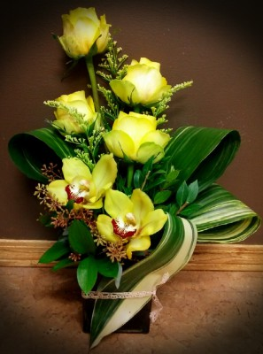 orchids, wildflower, flowers, lumsden, regina, florist, vase, bouquet, yellow
