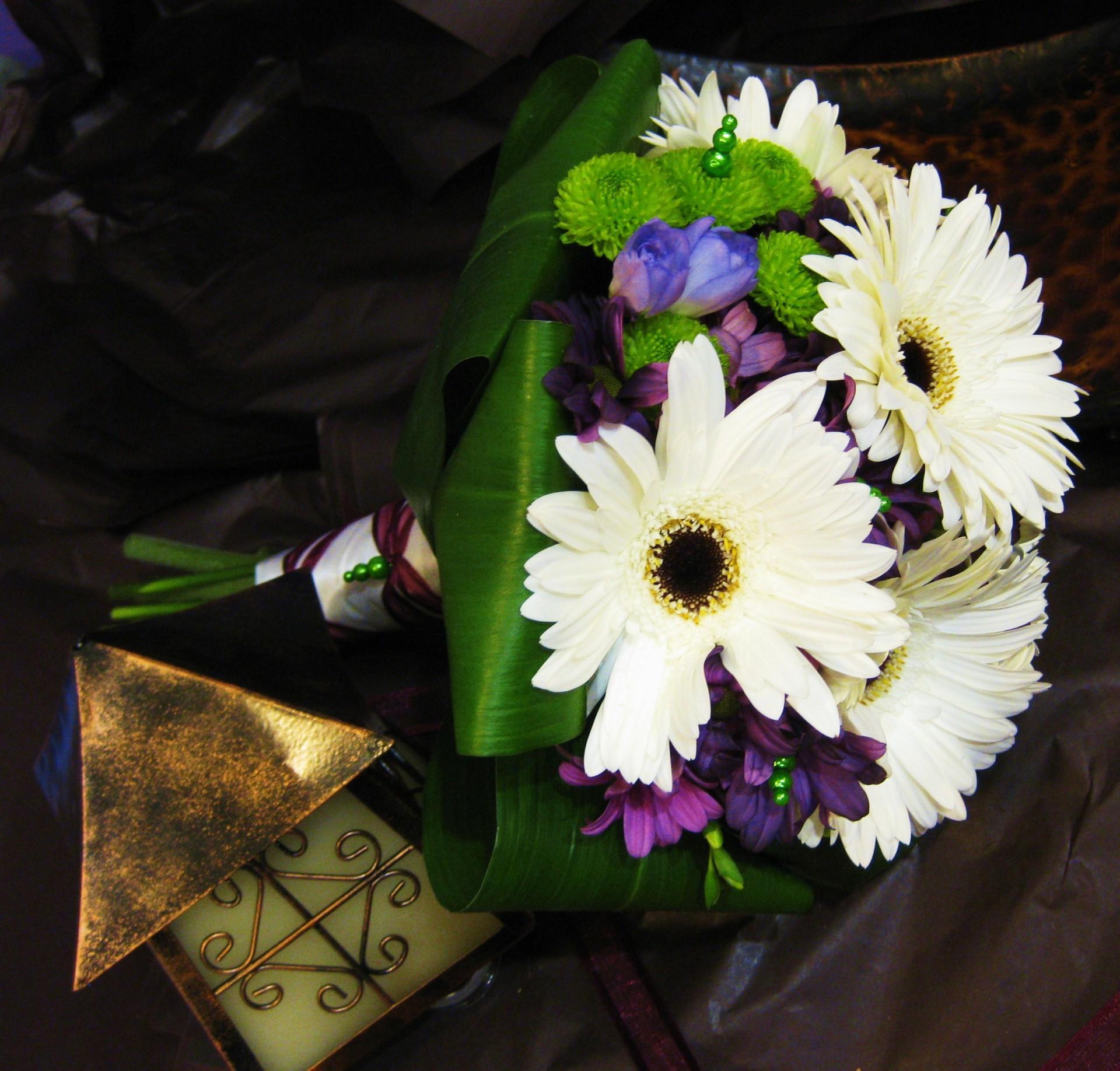 Garden Gerbera Bouquet