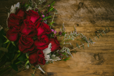 love, rose, red, romance, romantic, alilauren, happy, cheerful flowers, bouquet, entertainers, vase, lumsden, regina, craven, regina beach, buena vista