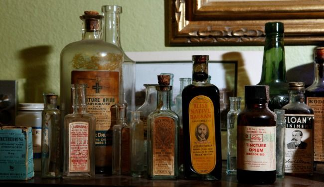 Antique bottles 2 @ diggerzone.com