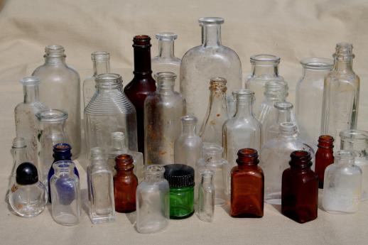 Vintage glass bottles @ diggerzone.com