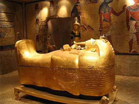 Treasure of Tut's tomb