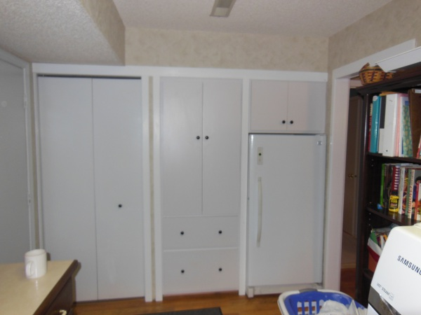 Cabinets,built in cabinetry,shelves