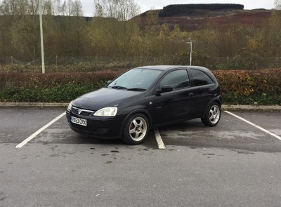 £SOLD Vauxhall Corsa 1.0i 12v Active 3 Door 67,783 Miles