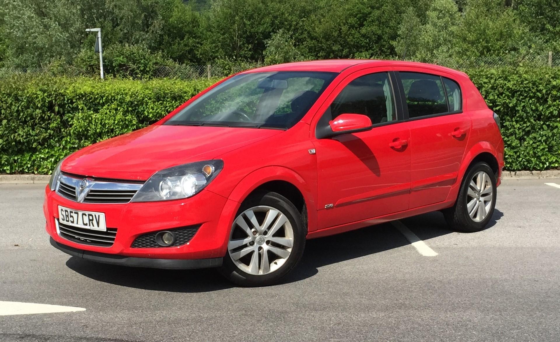 £8/week £1,295 Vauxhall Astra 1.7CDTi SXi 5 Door 136,341 Miles