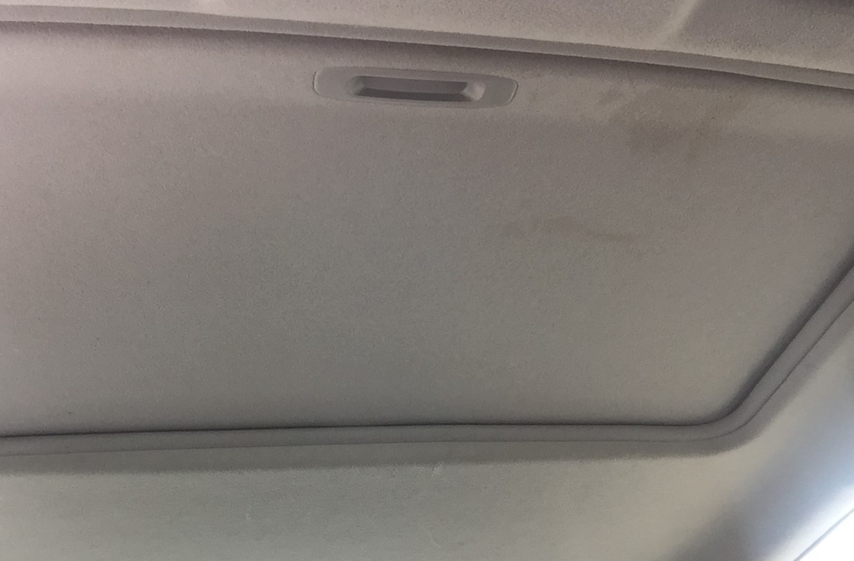 Electric Sunroof (Closed)