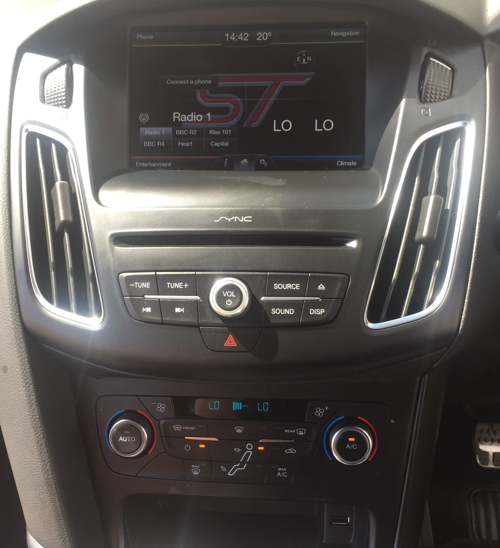 DAB SYNC 2 Audio System