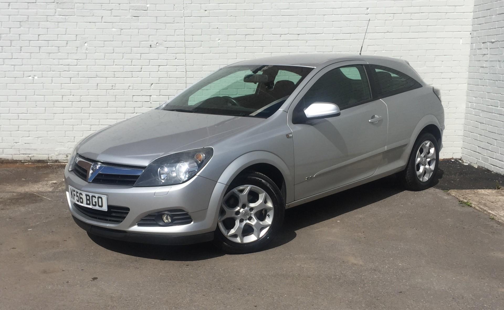 £SOLD Vauxhall Astra 1.6i SXi 3 Door 52,101 Miles