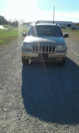 1999 Jeep Grand Cherokee $2,800