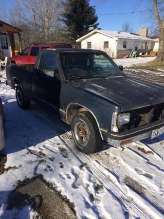 1990 Chevy S10 $700