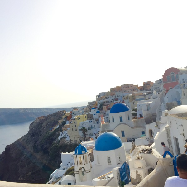 Girl Meets Santorini