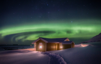 Northern lights and the cottage