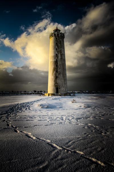 Footprints to Grótta lighthouse