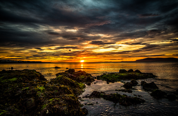 Yellow sunset at Grandabót