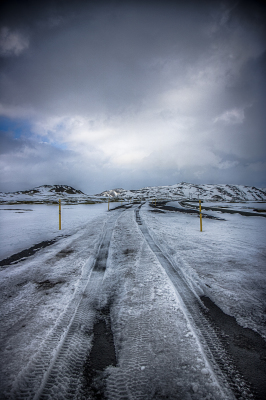 Winter road at Hellisheiði