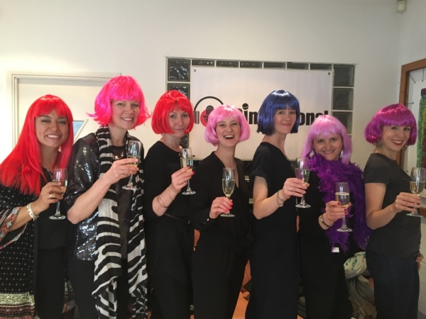 hen singing party