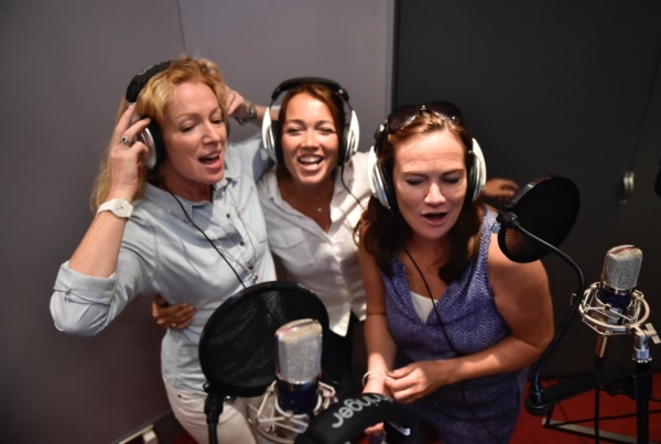 Adult Singing Party