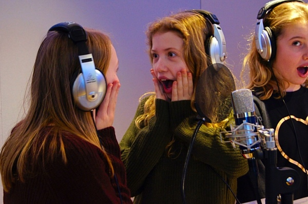 Singsational Girls Singing Party