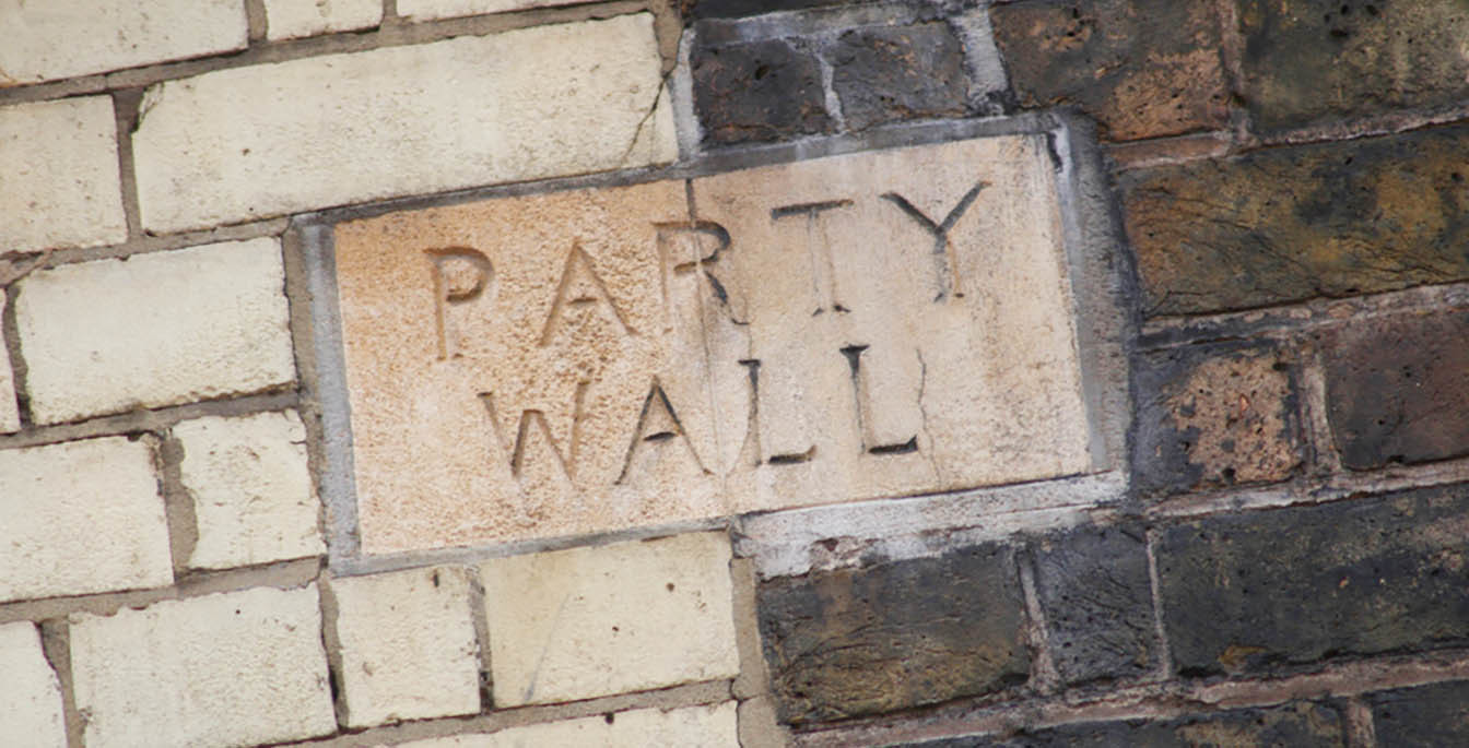 What does a Party Wall Surveyor do?