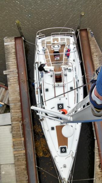 Jeanneau 42 mast work