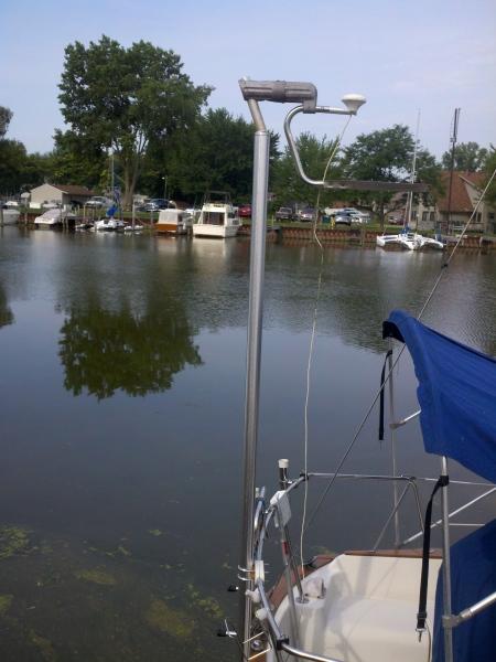 Custom pole mount with GPS