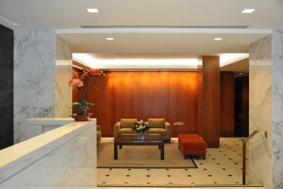 650 Park Avenue Lobby