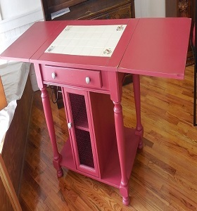 Chalk painted kitchen island
