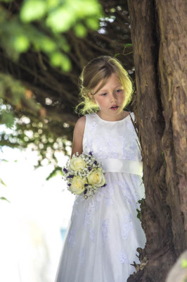 Charles McArthur Wedding Photography Flower Girl with Wedding Bouquet