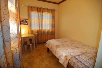 Lyn's Room #2