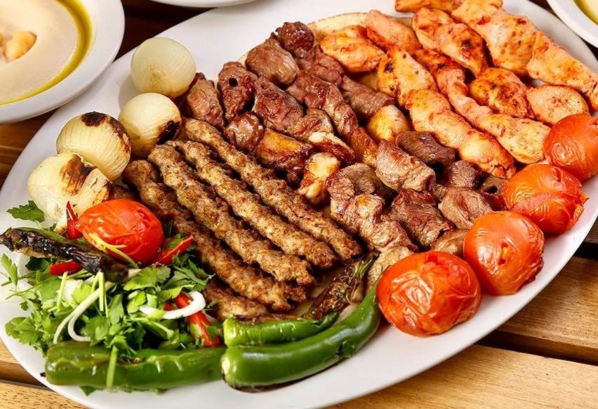 Platter of mixed grill