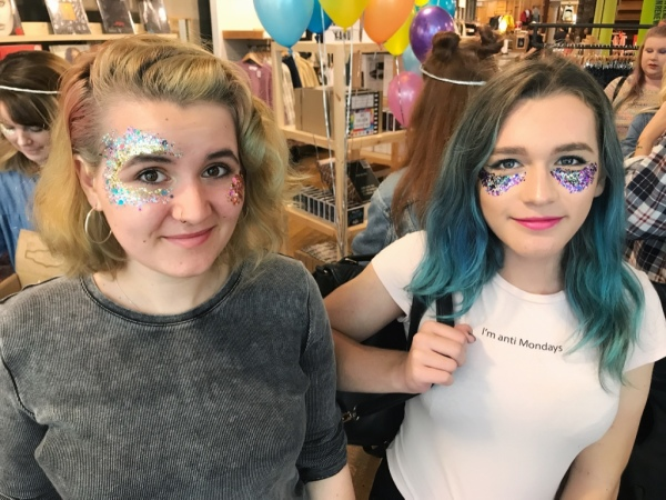 Glitter Friends