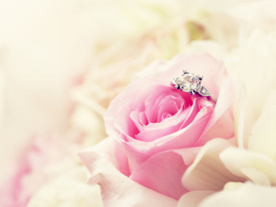 INSTANT ENGAGEMENT Spell - Get them to Propose, Pop the Question, Say Yes and Marry Me