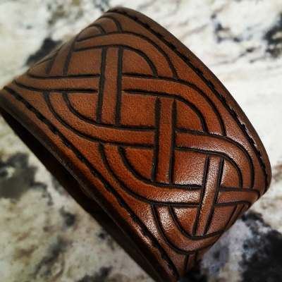 CELTIC KNOT - Leather Cuff -