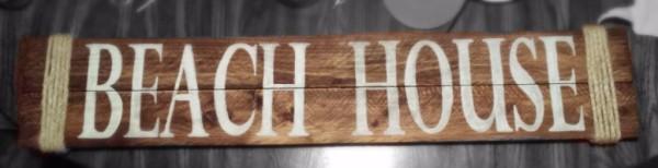 """""""Beach House"""" sign"""