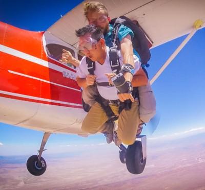 Hmong, Hmong Adventurer, Traveler, Explorer, Hmong American. Skydive, colorado, denver, utah, moab,