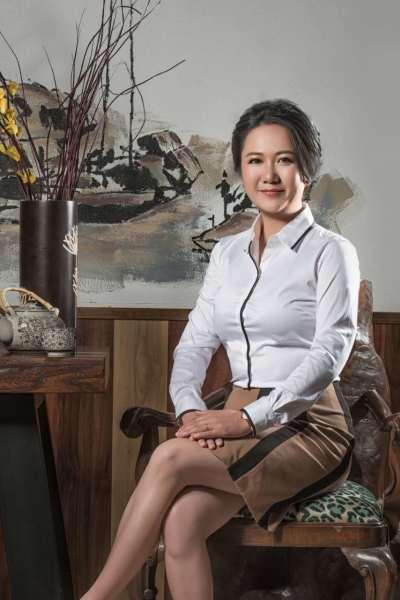 Ms. Yang