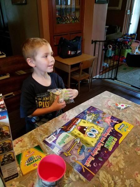 Amber's Package of Love Kid, Gavin (Pennsylvania)