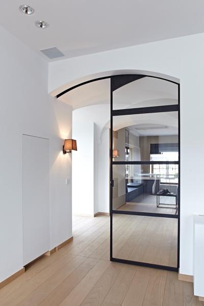 stalen ramen en deuren binnendeur boog schuifsysteem